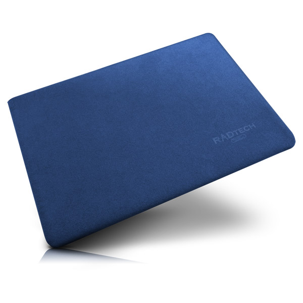 MacBook Air: Indigo