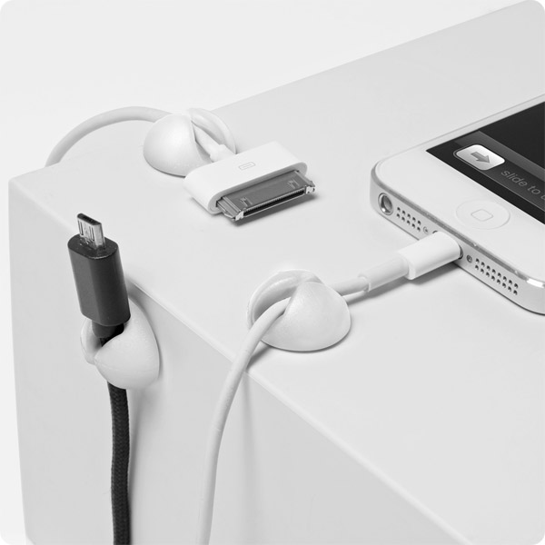 CableDrop Mini: Holds small-ended cables in place (White)